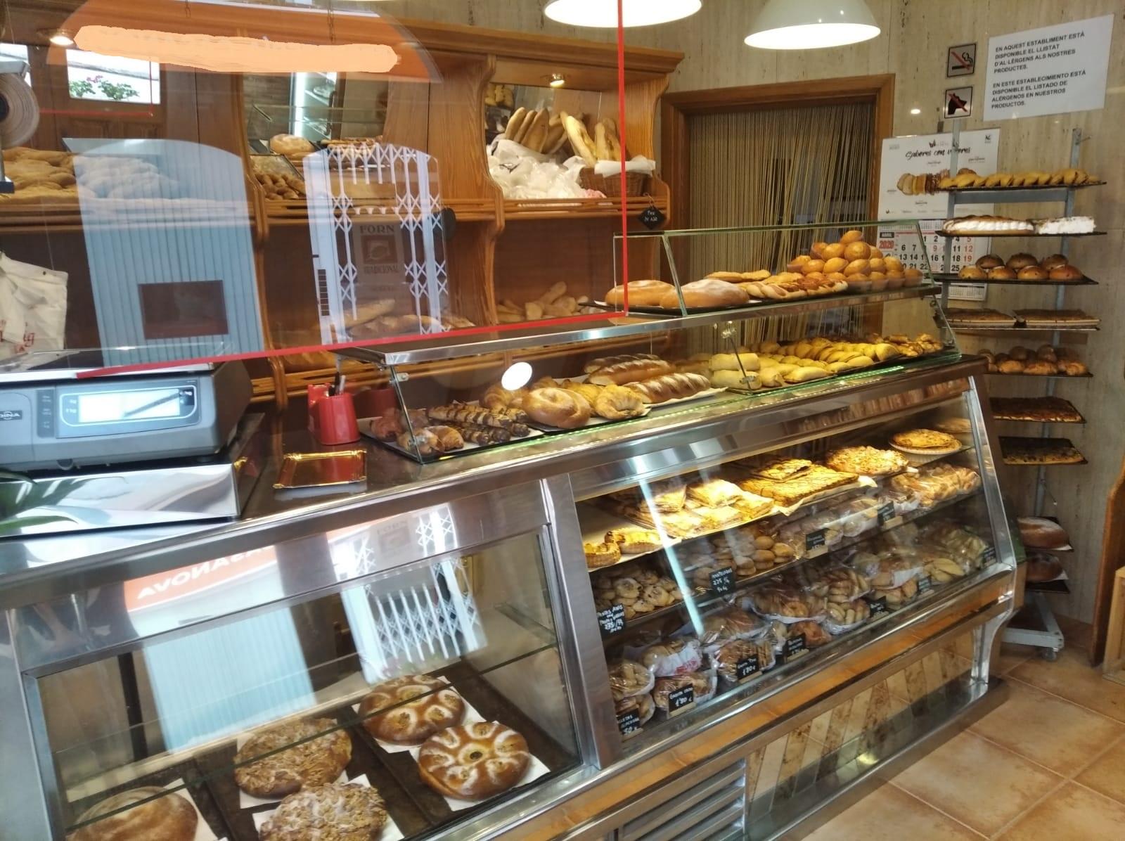 Vivienda-horno-panaderia – todo en uno